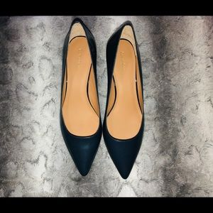 NWOT Calvin Klein Navy Kitten Heel Pointy Toe Pump